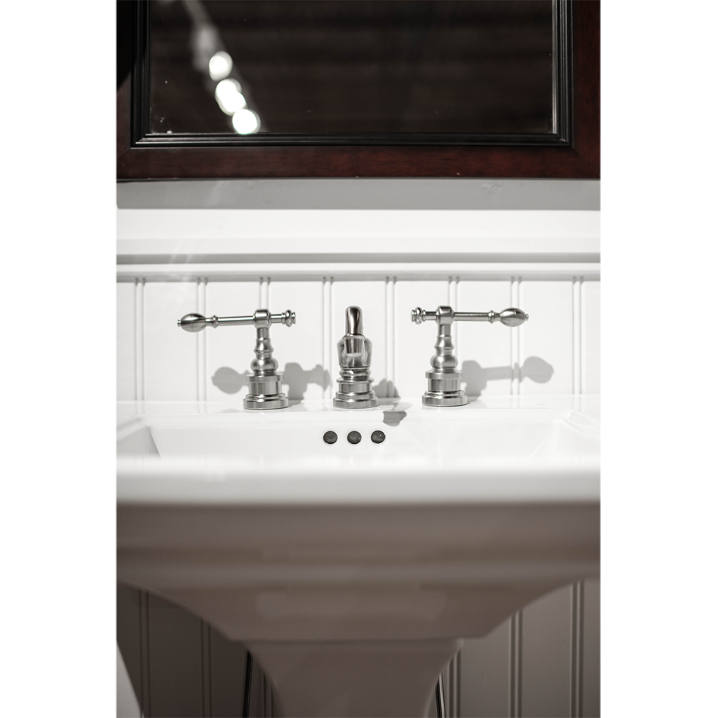 Luxury  Bathroom Faucet  Includes Matching Progress Lighting P2987 FourLight