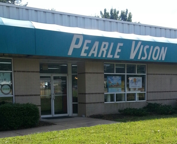 Welcome to Pearle Vision - Old Town Square. Welcome to Pearle Vision Chicago - Old Town Square where your eye health and wellness is our primary focus.